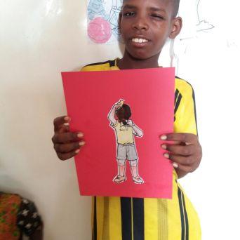Cheikh hat die 20 Bilder wieder mit in den Senegal genommen und mir diese Fotos geschickt. Oh, ich habe sooo viel Freude daran.