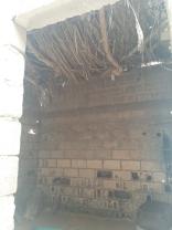 Ein Schlafraum für viele Kinder (mit einem Dach in sehr schlechtem Zustand)